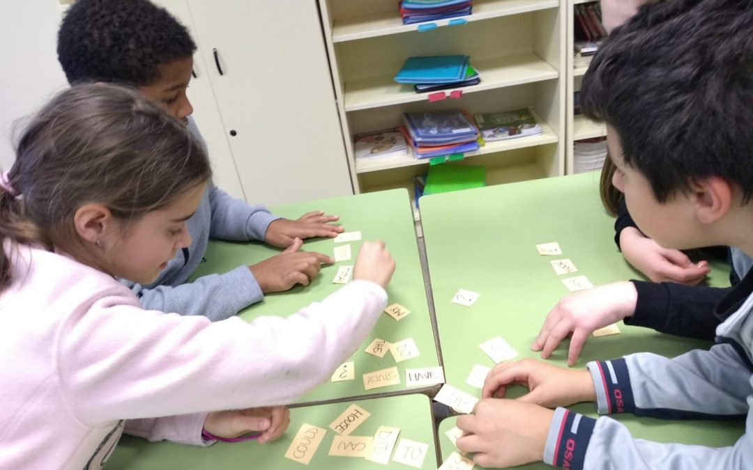 We learn playing in 4º A